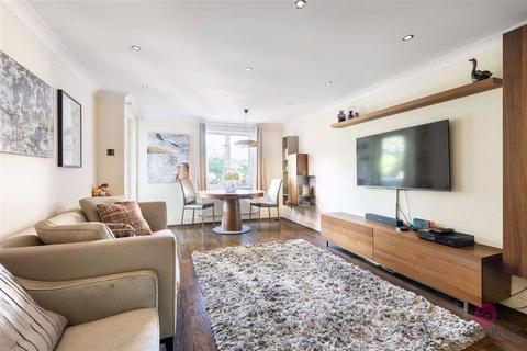 2 bedroom flat for sale - Holden Road, Woodside Park, London, N12
