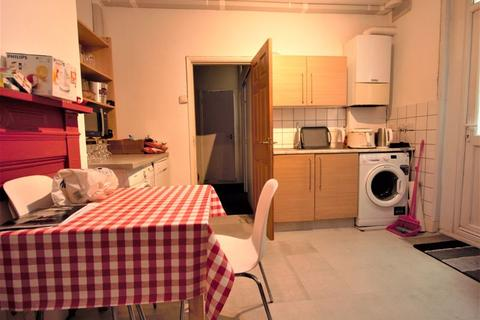 2 bedroom flat to rent - Maryland Road, Wood Green N22