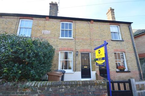 2 bedroom terraced house to rent - Grove Road, Chelmsford, CM2