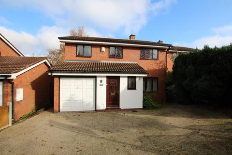 4 bedroom detached house to rent - Clarence Road, Four Oaks, Sutton Coldfield, B74
