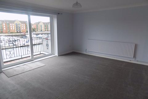 2 bedroom flat to rent - Anchor Court, Marina