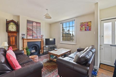 2 bedroom house to rent - Dutton Street, London, SE10