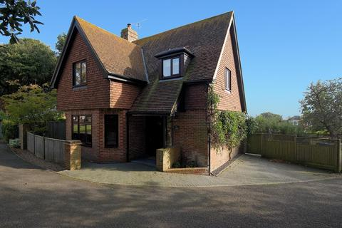 4 bedroom detached house for sale - North Foreland Road, Broadstairs