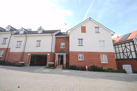 2 bedroom flat for sale - Grange Road, Gerrards Cross