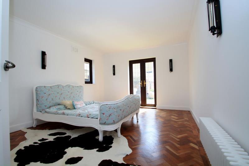 Bedroom (GF)