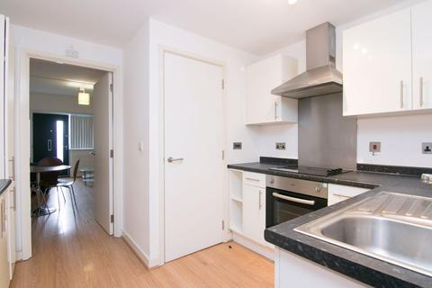 2 bedroom townhouse to rent - FURNISHED TWO BED TOWNHOUSE @ SHAWS ALLEY BALTIC TRIANGLE