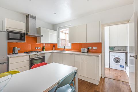 2 bedroom terraced house for sale - Caradoc Street London SE10