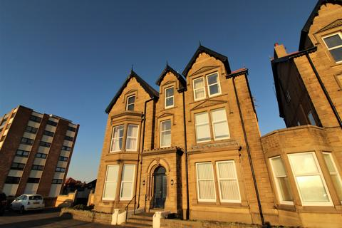 1 bedroom apartment to rent - Sefton Court,  North Promenade, Lytham St. Annes, Lancashire, FY8