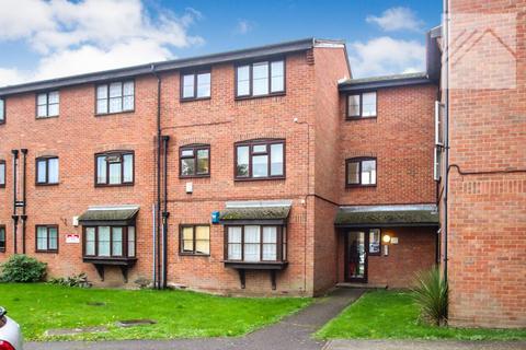 1 bedroom flat for sale - Falcon Avenue, Grays