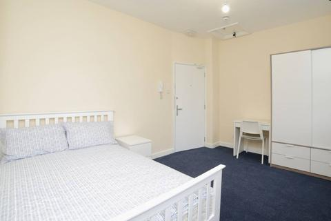 1 bedroom in a house share to rent - Cannon Street Road, Wapping, Shadwell, London E1