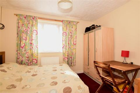 2 bedroom terraced house for sale - Erith Road, London, Kent
