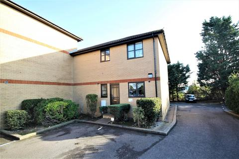 2 bedroom house to rent - Shermanbury Court, Carnforth Road, BN15