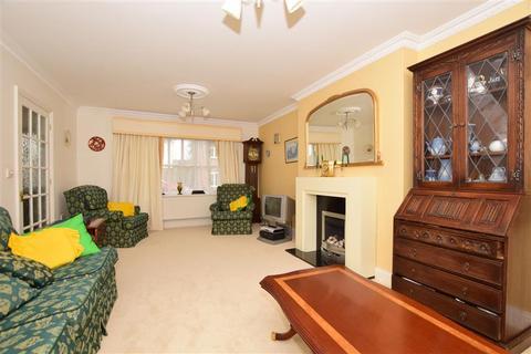 5 bedroom detached house for sale - Brisley Court, Kingsnorth, Ashford, Kent