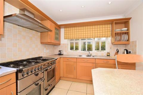 5 bedroom detached house for sale - Brisley Court, Kingsnorth, Ashford, Kent