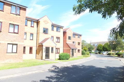 1 bedroom flat to rent - Redford Close, Feltham, TW13