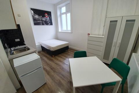 Studio to rent - Woolwich Road Woolwich,  London, SE7