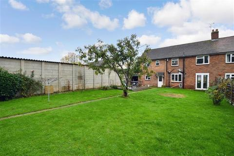 4 bedroom semi-detached house for sale - Church Hill, Kingsnorth, Ashford, Kent