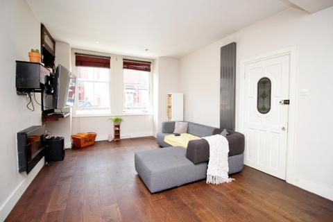 2 bedroom flat for sale - Oxford Gardens,  Chiswick, W4