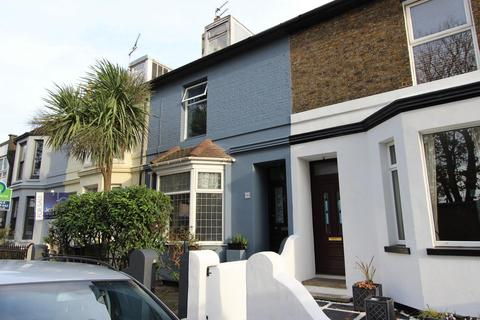 3 bedroom house for sale - Dover Road, Walmer, CT14