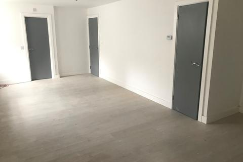 2 bedroom link detached house to rent - Hurst Grove, Queens Park, Bedford MK40