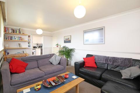 1 bedroom flat to rent - Hanson Close, Balham
