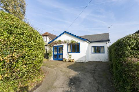 3 bedroom detached bungalow for sale - Bayham Road, Tunbridge Wells
