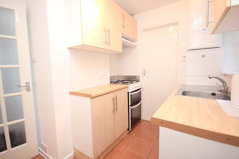 Studio to rent - Laira Street, Prince Rock, Plymouth