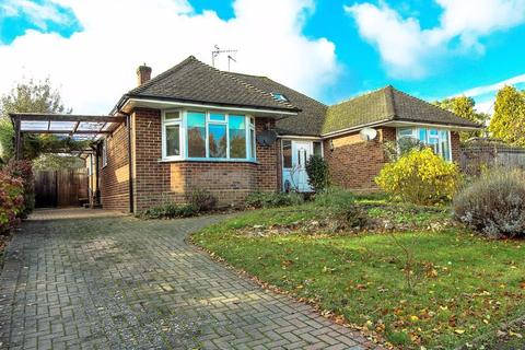3 bedroom semi-detached house to rent - Derwent Drive, Tunbridge Wells