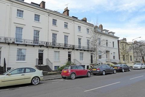 1 bedroom ground floor flat to rent - Leam Terrace, Leamington Spa