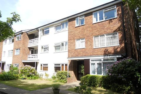1 bedroom flat for sale - Athelney Court, Grove Road, East Cliff, BH1
