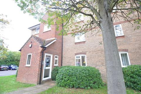 1 bedroom apartment for sale - Gainsborough Road, Hayes