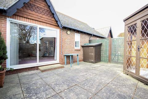 2 bedroom retirement property for sale - Chermont Court, The Street, East Preston, West Sussex, BN16