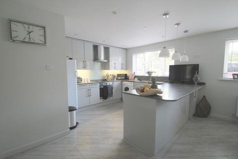 4 bedroom detached house to rent - Dorothy Avenue, Cranbrook, Kent, TN17 3AL