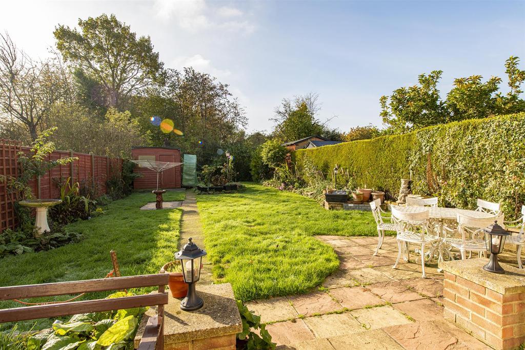 Hartlip Hill garden3.jpg