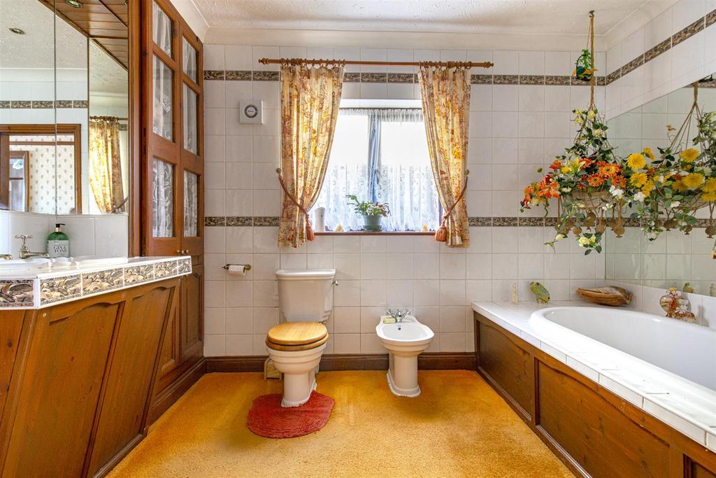 Hartlip Hill bathroom ground floor.jpg
