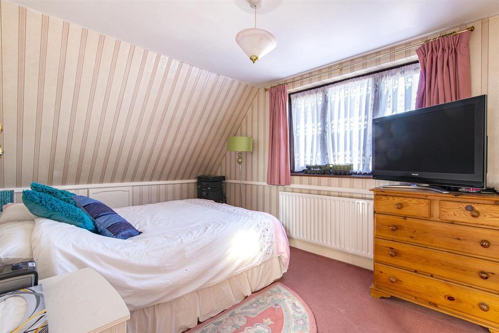 Hartlip Hill bedroom2.jpg