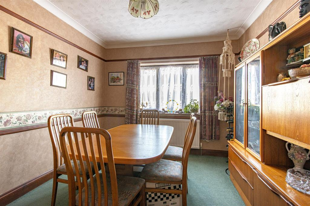 Hartlip Hill dining room1b.jpg