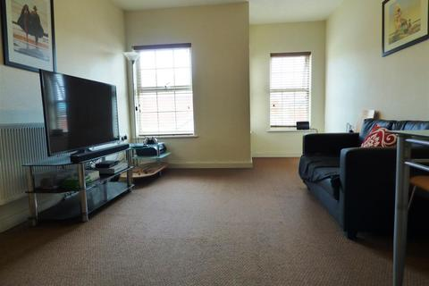 2 bedroom flat to rent - Ampleforth House, Dial Street, Warrington