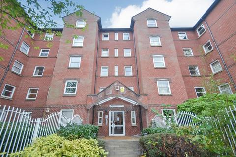 Studio for sale - Melrose Apartments, 159 Hathersage Road, Manchester