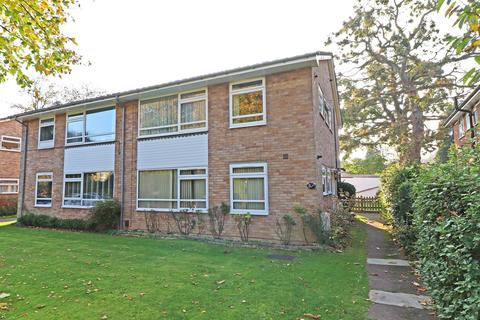 2 bedroom maisonette for sale - Park Road, Redhill