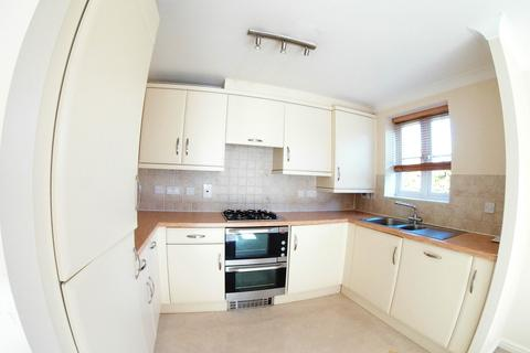 2 bedroom cluster house to rent - Highway Avenue, Maidenhead