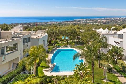 3 bedroom villa - Sierra Blanca, Marbella, Malaga