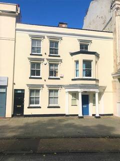 6 bedroom terraced house to rent - Warwick Row