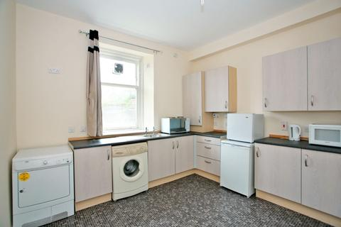 Studio to rent - Menzies Road, Torry, Aberdeen, AB11 9AX