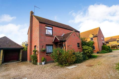 4 bedroom detached house for sale - The Stiles, Heybridge Basin, CM9