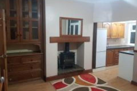 4 bedroom semi-detached house to rent - BRADFORD, BD7 4LL