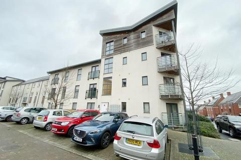 2 bedroom flat to rent - Pasteur Drive, Old Town, Swindon, SN1 4GG