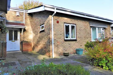 1 bedroom bungalow for sale - Mortomley Hall Gardens, High Green , Sheffield, S35 3HG