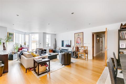 3 bedroom flat for sale - Strand Drive, Kew, Surrey