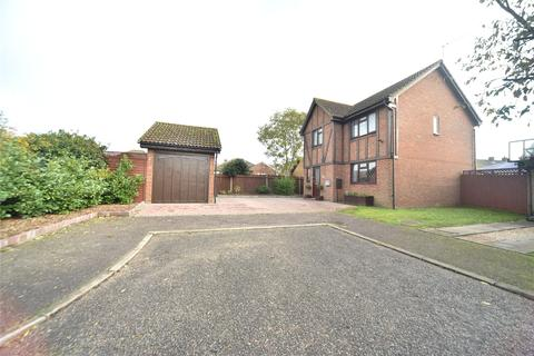 3 bedroom detached house for sale - Curlew Close, Lakenheath, Brandon, Suffolk, IP27